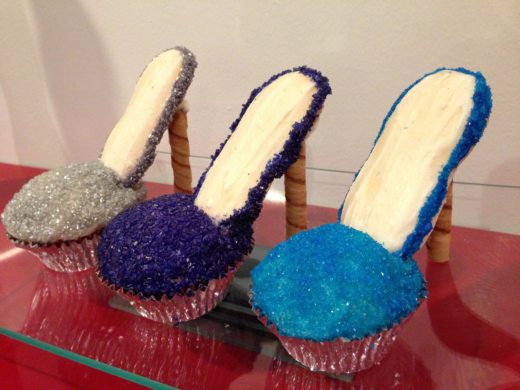 high heel shoe cupcakes